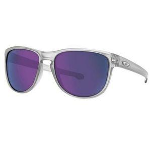 Oakley Pilot Style Violet Iridium Mirrored Lens